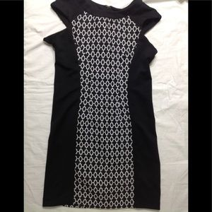 Women's size 6 WORTHINGTON dress w slimming panels